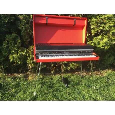 Rhodes Mk III (EK-10) In Avangarda Red
